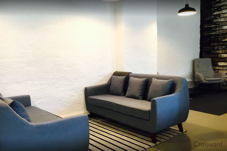 03 lounge area